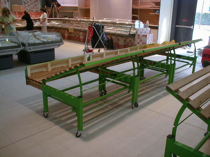 Piemme arredamenti for Arredamento ortofrutta in legno